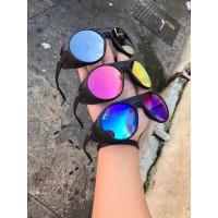 Os Óculos de Sol Masculino Oakley Clifden OO9440